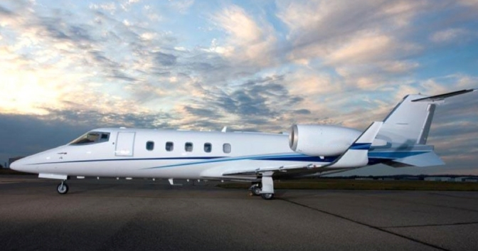 Experience the Smooth and Speedy Lear 60